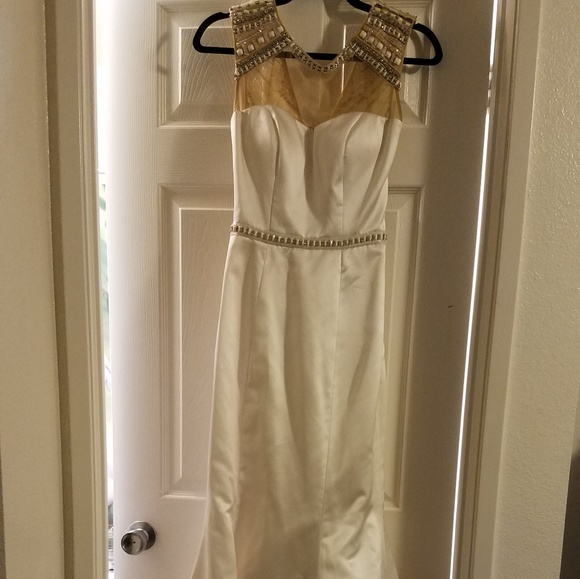 Sherri Hill Dresses & Skirts - White formal A line Sherry Hill gown size 0